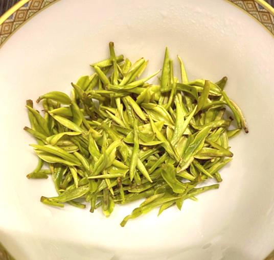 青蛾茶房 安吉白茶 中国茶 緑茶 中国緑茶 茶葉